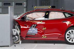 IIHS 25%碰撞未获优秀 特斯拉MODEL S碰撞成绩