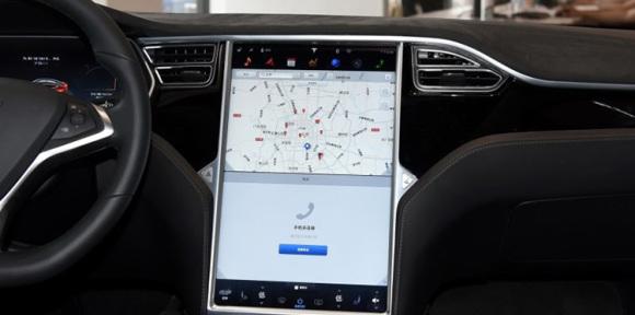 集成式触控大屏的利弊几何?看老司机怎么说!