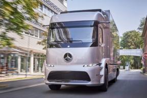 三大品牌相角逐 货运专车服务将成新红海?