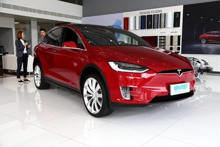 特斯拉 Model X 新能源汽车