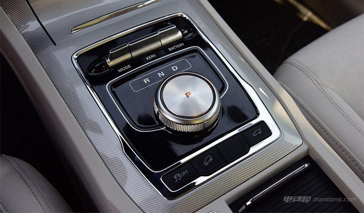 最大续航425公里 荣威RX5纯电版工程车曝光