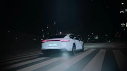 全新的Panamera Turbo S E-Hybrid宣传片