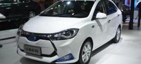 江淮iEV6电动汽车采用酸铁锂电池