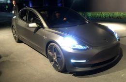 未来推性能版 MODEL 3量产车或6月亮相