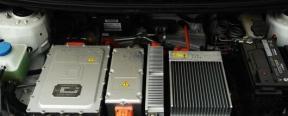 电动汽车电池寿命是多久?