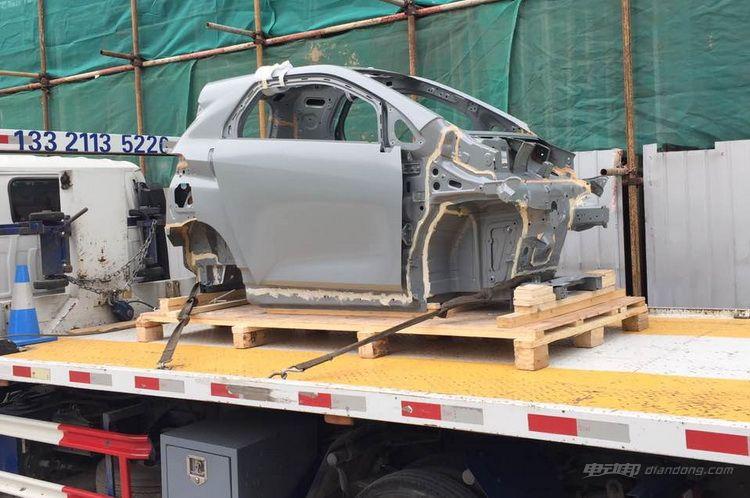 主打30km短途出行 疑似车和家SEV智能电动车曝光