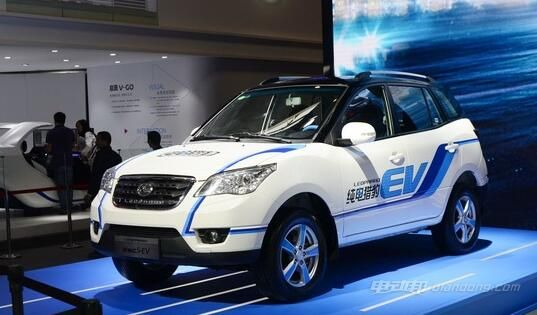 猎豹C5-EV电动汽车整体车型