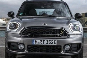宝马MINI首款插电式混动车6月英国亮相