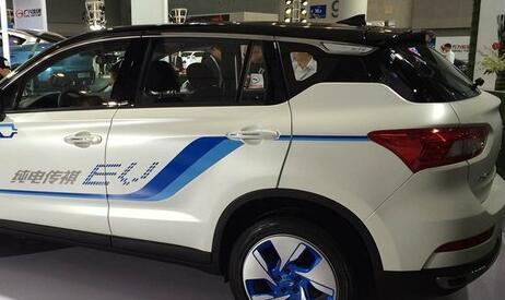 廣汽傳祺GS4 EV純電動車尾部