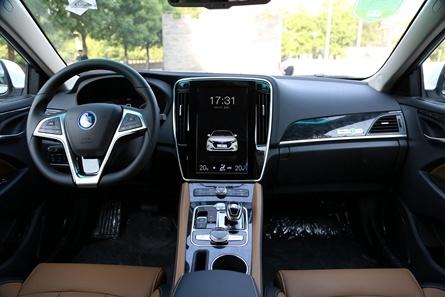 2017款 比亚迪 秦EV300 新能源汽车