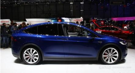 驾驶空间大的suv纯电动轿车 特斯拉MODEL X
