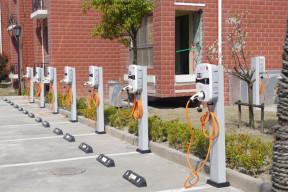 地产第一单!星星充电中标万科超2亿充电桩订单再创多个行业第一!
