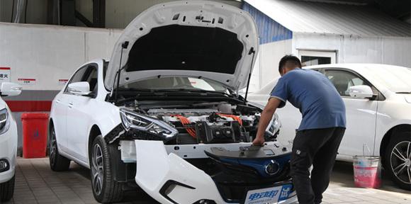 用良心换来品质 拆解2017款比亚迪秦EV300