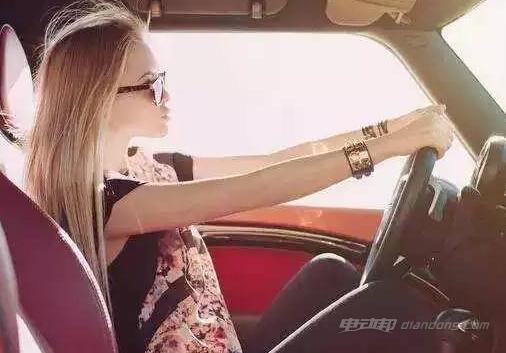 女生开车1