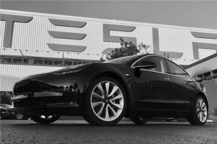 卖的最好的Model 3要交付了 马斯克为啥还头疼?