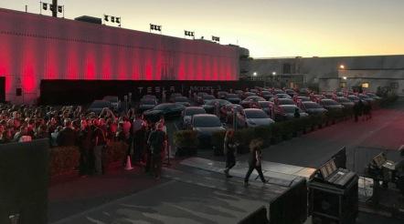 汽车业的iPhone时刻?特斯拉Model 3首批新车正式交付