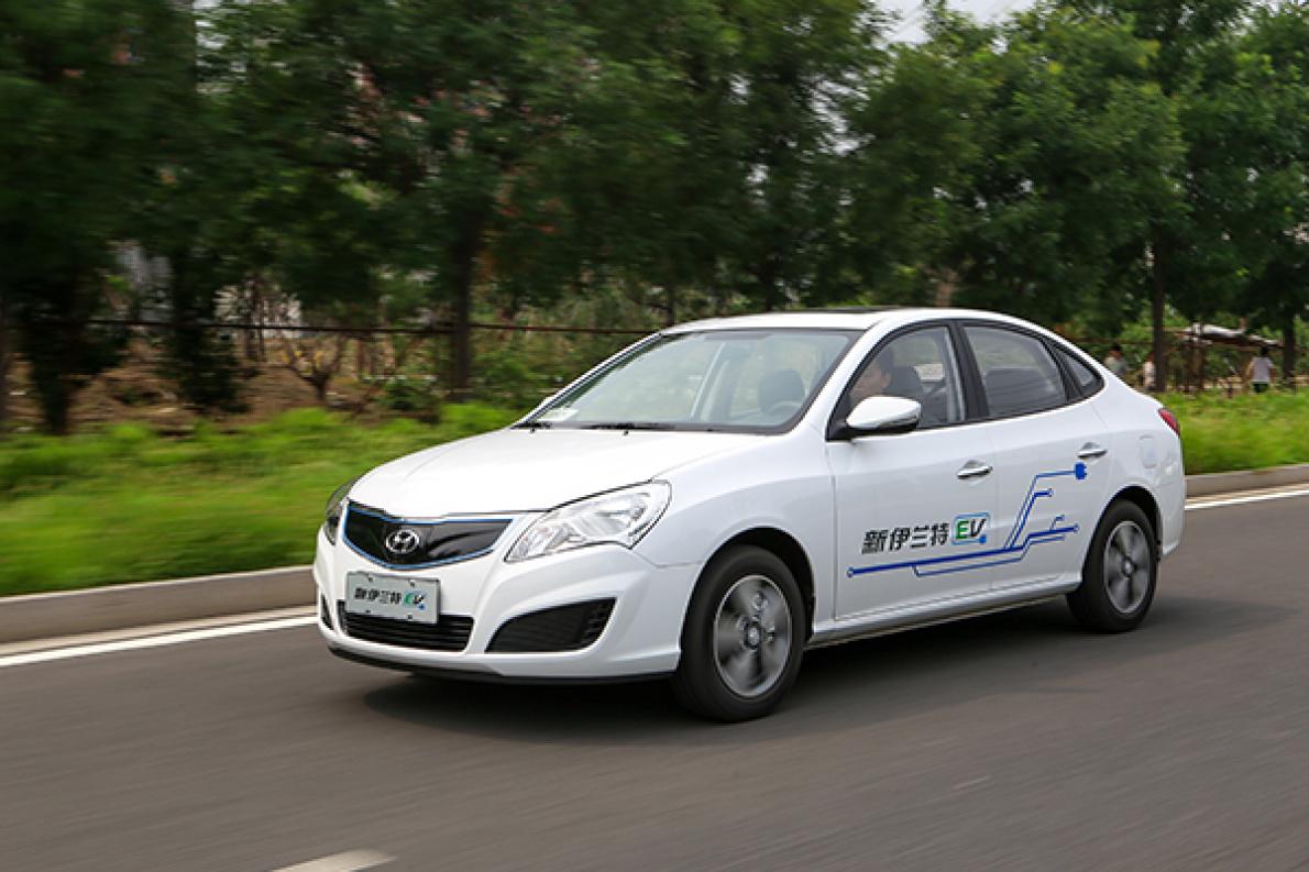 详细试驾北京现代新伊兰特EV 实测续航能跑多远?