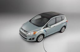 为什么新能源汽车不利用太阳能发电给车充电?