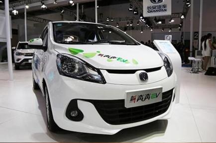 长安奔奔EV电动汽车怎么样,详细介绍长安奔奔EV电动汽车