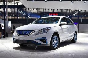 2017广州车展|上市 景逸S50 EV售11.59万起