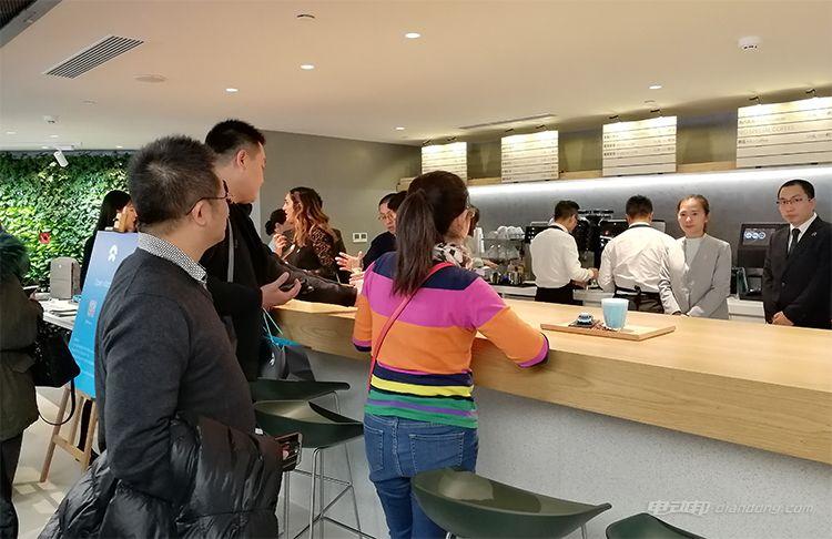 ▲ Open Kitchen