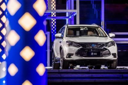七座比亚迪唐100纯电动价格是多少?七座比亚迪唐100价格及车型介绍