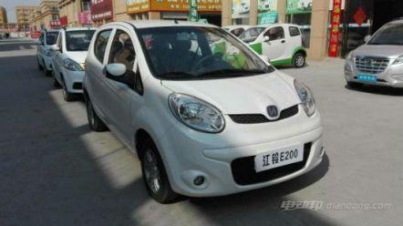 江铃电动汽车e200价格,指导售价区间17.98-18.28万元