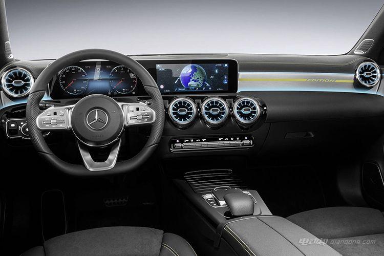 2018-mercedes-a-class-interior
