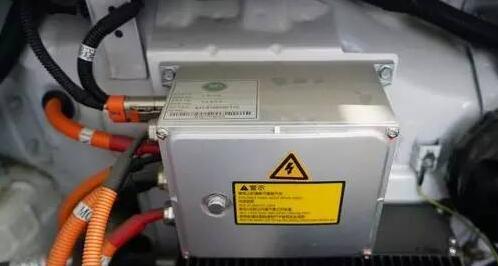 吉利知豆D2分电盒