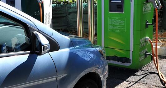 北汽E150 EV电动汽车充电桩