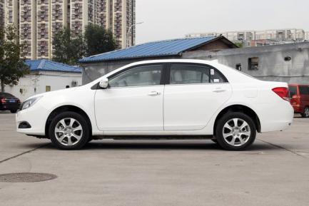 比亚迪纯电动汽车e5价格,车型介绍