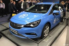 采埃孚展示ProAI原型车 实现L4级别自动驾驶