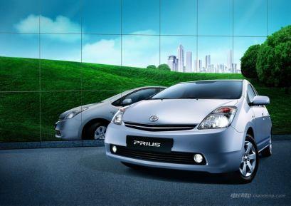 丰田普锐斯是什么车型,丰田普锐斯车型介绍