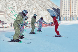 崇礼滑雪之旅 比亚迪宋EV300伴我行