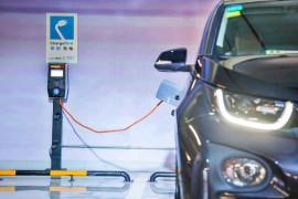 物业纷争!新能源车主想安个充电桩,真就那么难?