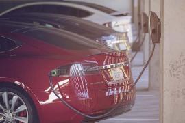 特斯拉:将启动办公地点充电项目,让车主在上班时为车辆充电