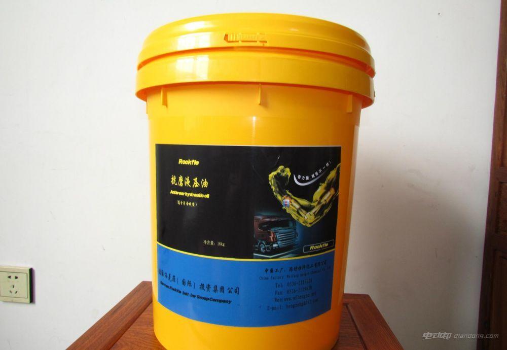 液壓油和剎車油的區別:液壓油的保養工作