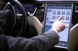 钱柜娱乐平台确认升级Model S和Model X车内触控屏硬件操作体验升级