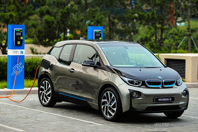 02.-BMW-ChargeNow-即时充电服务