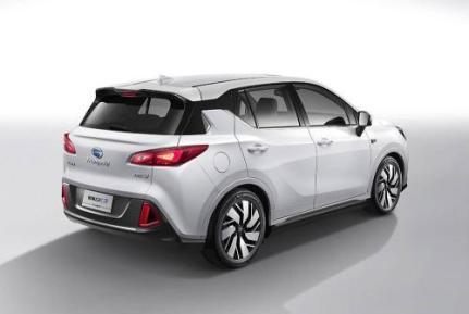 20多万左右新能源汽车有哪些?20万左右的新能源汽车车型推荐