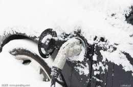 别总抱怨充电速度慢 电动汽车快充速度慢该由谁背锅?