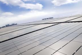 红旗借力汉能太阳能技术发展电动车 专家称可解决车用空调能源