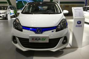 长安和丰田新能源汽车哪个好?长安奔奔ev210怎么样