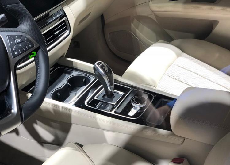 变化不大 比亚迪宋MAX插电混合动力版亮相-汽车氪
