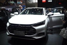 北京车展解读全新比亚迪唐 龙脸加持4.5秒破百 给力