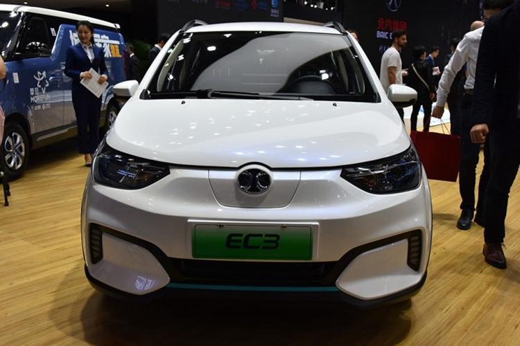2018北京车展:北汽新能源EC3正式亮相