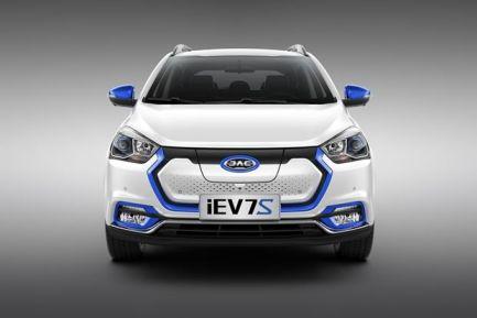 江淮和一汽新能源汽车哪个好?江淮和一汽新能源汽车车型推荐