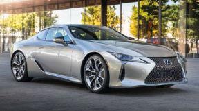 雷克萨斯和知豆新能源汽车哪个好?雷克萨斯LC 500H与知豆D3车型对比