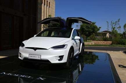 特斯拉和裕路新能源汽车哪个好?裕路新能源汽车哪款好