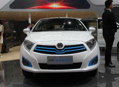 中华和腾势新能源汽车哪个好,腾势500多少钱